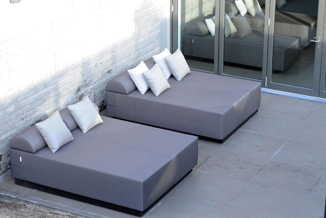 lounge-ligbed